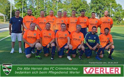 """Werler stellt neue Trikots für die """"Alten Herren"""" des FC Crimmitschau"""